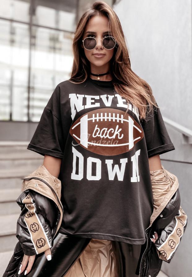 Tričko Oversize Never Black